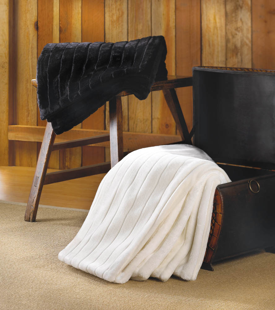 Deluxe Black Faux Fur Blanket